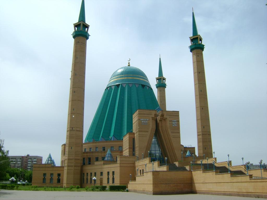 A Resacralization of Public Space and the Future of (Political) Islam in Azerbaijan: Quo Vadis?